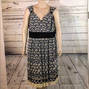 Dressbarn 24W Yellow Gray Geometric Surplice Dress